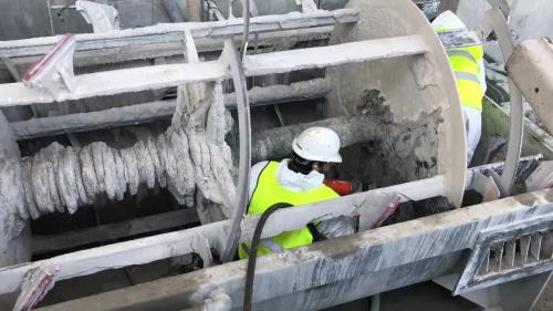 uitwastrommel-filmpje-tijdens-de-werken